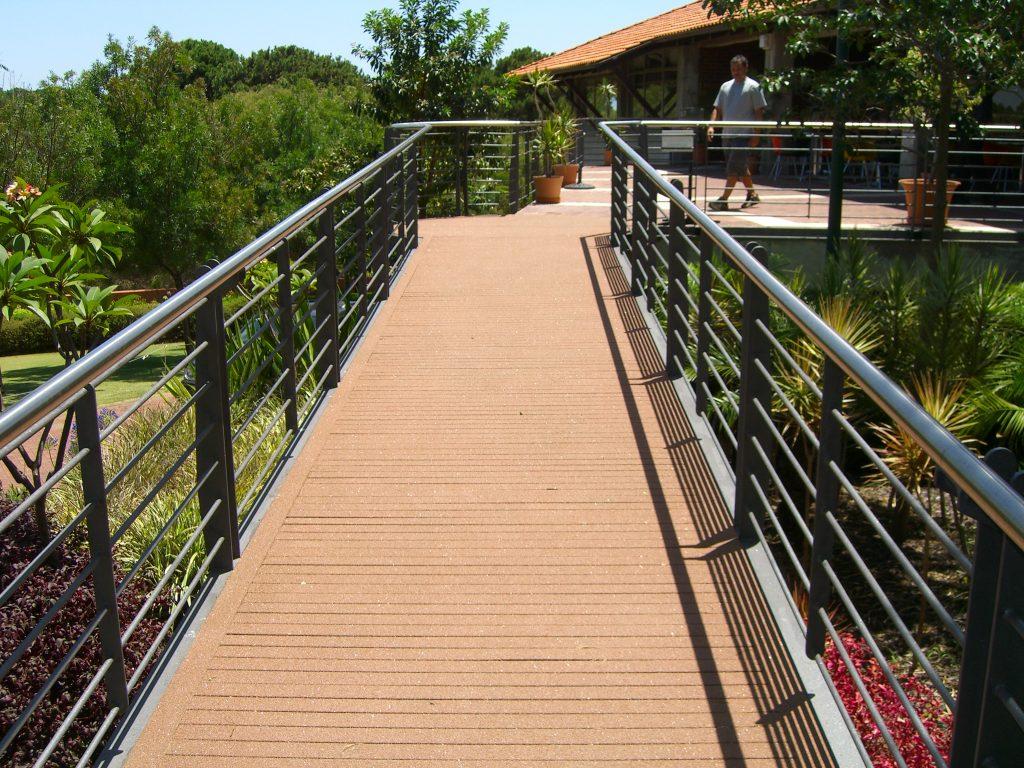 Wooden Walkway with Omnigrip Deco